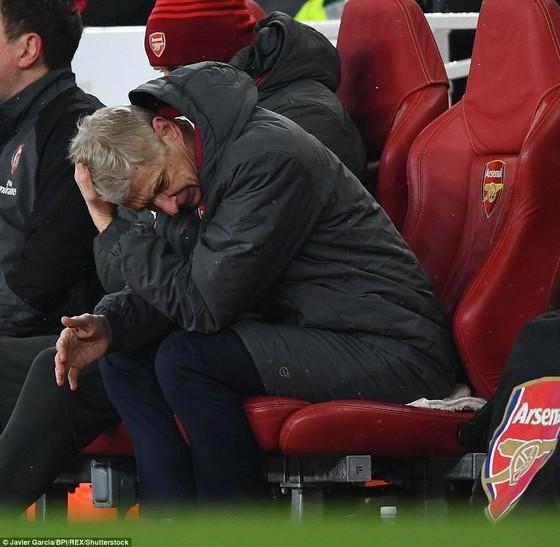 4 ngày, Wenger thua đậm Pep Guardiola 2 lần ảnh 7