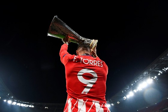Lần 3 đăng quang, Griezmann chói sáng, Torres chia tay ngọt ngào ảnh 11