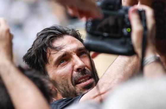 Chia tay Gianluigi Buffon, Juve giành Scudetto thứ 7 liên tiếp ảnh 6