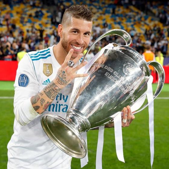 Bale tỏa sáng giúp Kền Kền lập kỷ lục vô địch ảnh 4