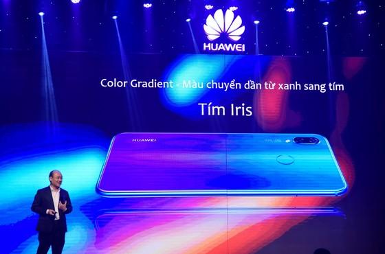 Huawei Nova 3i ra mắt thị trường Việt Nam giá 6.990.000đ ảnh 1