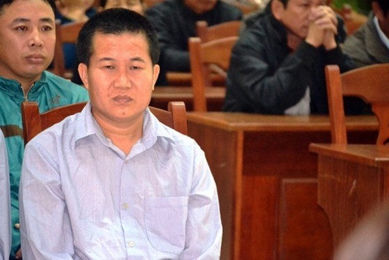 Phá rừng pơmu Quảng Nam, nguyên Đồn phó Đồn Biên phòng lãnh 4 năm tù giam  ảnh 2