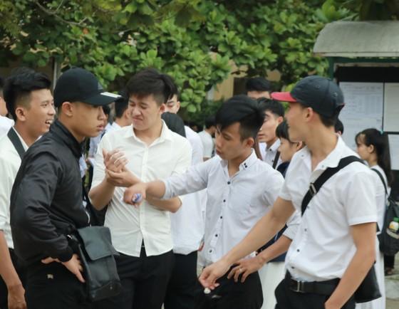 Đà Nẵng: Hỗ trợ thí sinh dân tộc Cơ Tu ăn ở tại trường ảnh 1