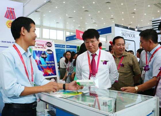 150 doanh nghiệp trong và ngoài nước triển lãm quốc tế về Y dược ảnh 3