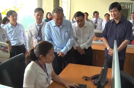 Phó Thủ tướng Trương Hòa Bình kiểm tra công tác cải cách hành chính tại Quảng Nam ảnh 2