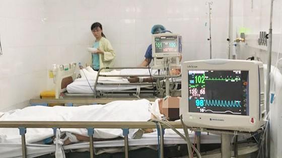 Vụ xe rước dâu gặp tai nạn tại Quảng Nam: 4 nạn nhân có dấu hiệu hồi phục  ảnh 1