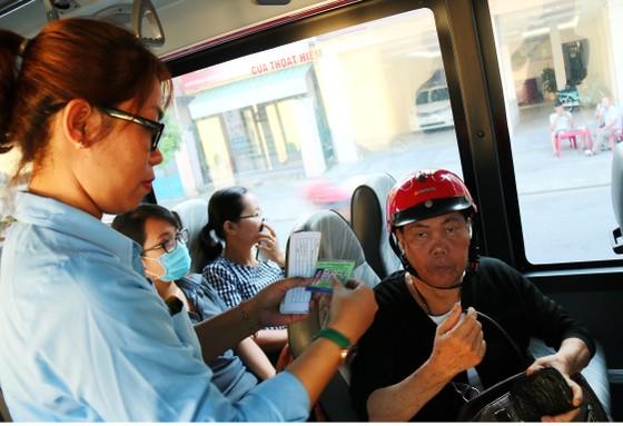 Đà Nẵng, khuyến khích người dân đi xe buýt ảnh 3