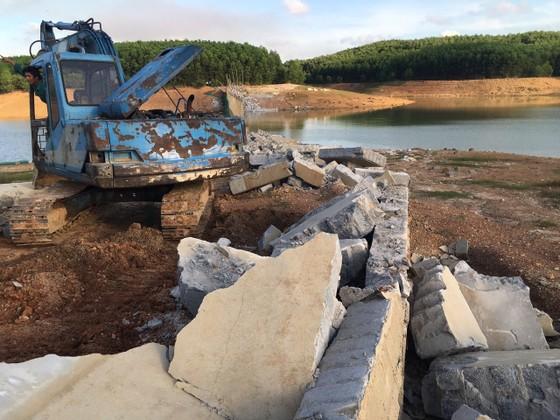 Quảng Bình: Xử lý nửa vời việc xây dựng trái phép tại hồ An Mã ảnh 2