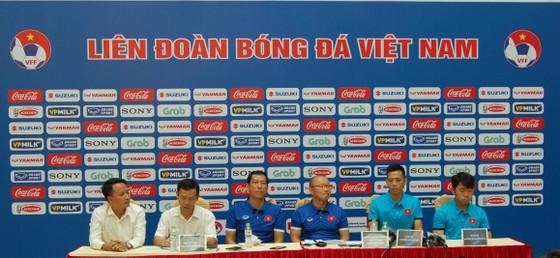 HLV Park Hang-seo: Mục tiêu của tuyển Việt Nam là đứng đầu bảng ảnh 1