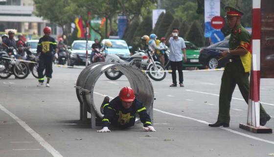 Hàng trăm Cảnh sát PCCC tham gia Hội thi cứu nạn cứu hộ lần I-2017 ảnh 5