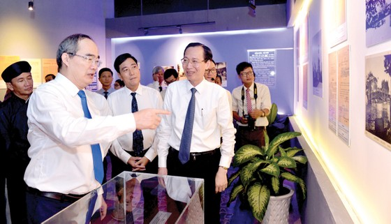 Chủ tịch nước Trần Đại Quang dự kỷ niệm 130 năm ngày sinh Chủ tịch Tôn Đức Thắng ảnh 4