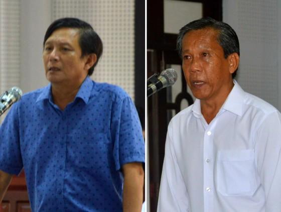 Chia nhau gần 50 triệu đồng tiền thi hành án, 2 cán bộ thi hành án vào tù ảnh 1