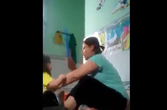 3 trẻ nhỏ ở An Giang bị bảo mẫu bạo hành  ảnh 3