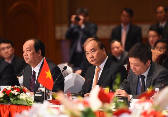 Thủ tướng Việt Nam-Nhật Bản đồng chủ trì tọa đàm DN ảnh 1