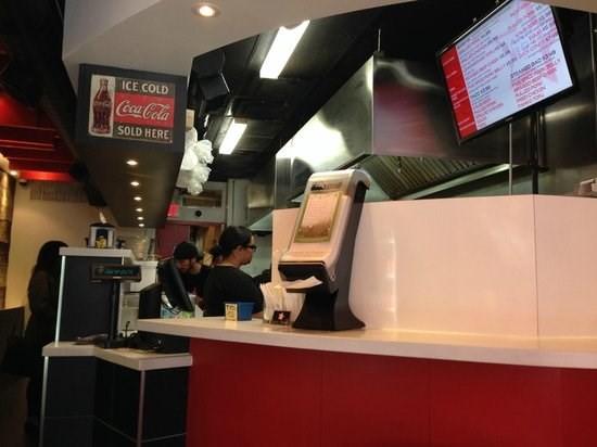 4 nhà hàng Việt lọt top 100 nơi ăn ngon nhất Canada ảnh 1