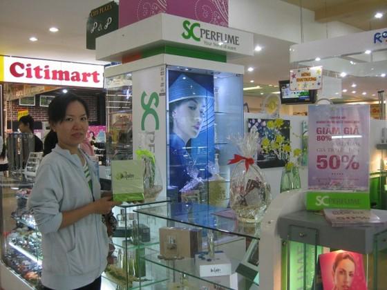 Phụ nữ Việt mua mỹ phẩm ngày càng nhiều hơn ảnh 1