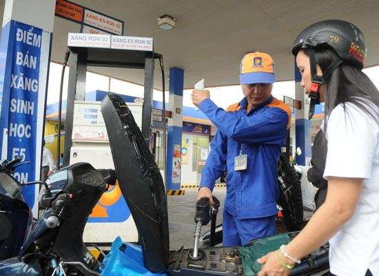 Giá xăng dầu VN trong nhóm thấp thế giới ảnh 1