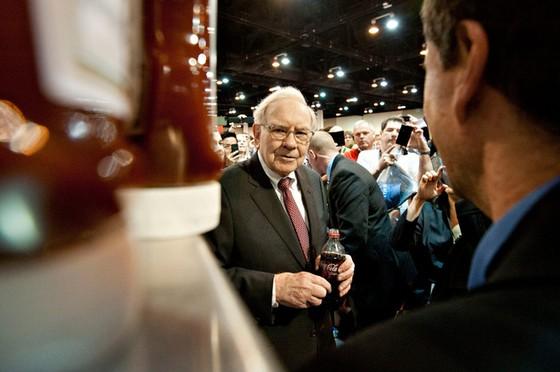 Những điều Warren Buffett không bao giờ làm ảnh 1