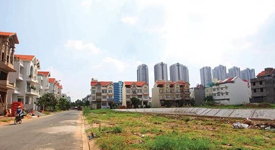 Đầu tư đất nền, nhà phố trúng đậm ảnh 1
