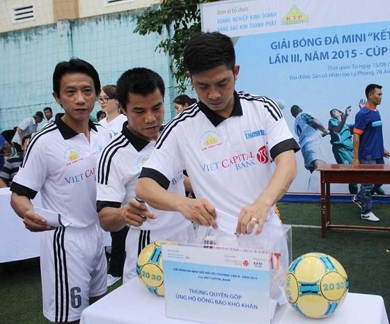 Ngân hàng Bản Việt chắp cánh ước mơ đến trường ảnh 1