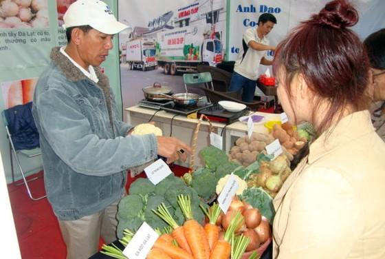Chợ phiên hàng Việt và nông sản sạch ảnh 1