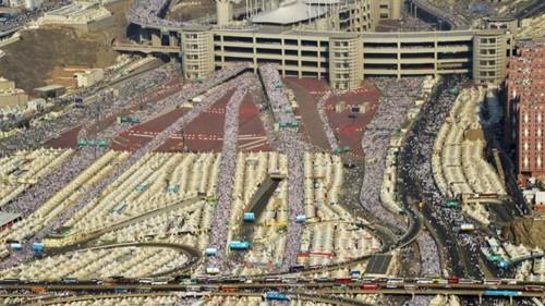 Giẫm đạp gần thánh địa Mecca, hơn 700 người chết ảnh 2