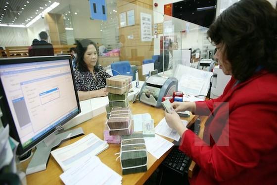 HSBC: Lãi suất sẽ tăng 0,5% ảnh 1