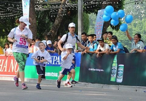 310.000 người tham gia giải chạy Vì Hòa Bình ảnh 3