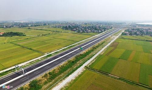 Cao tốc Hà Nội-Hải Phòng hiện đại nhất Việt Nam ảnh 1
