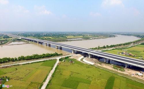 Cao tốc Hà Nội-Hải Phòng hiện đại nhất Việt Nam ảnh 15