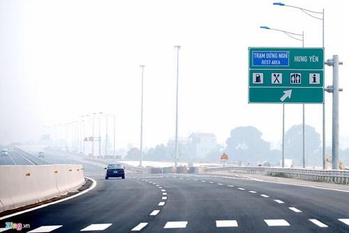 Cao tốc Hà Nội-Hải Phòng hiện đại nhất Việt Nam ảnh 13