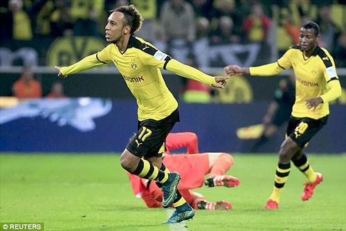 """""""Siêu nhân"""" mới xuất hiện ở Bundesliga ảnh 1"""