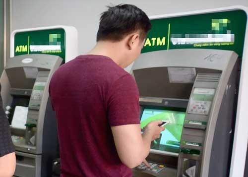 Coi chừng bị trộm tài khoản thẻ ngân hàng ảnh 1