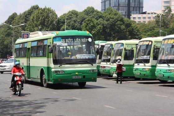 TPHCM tăng 868 chuyến xe buýt 3 ngày Tết ảnh 1