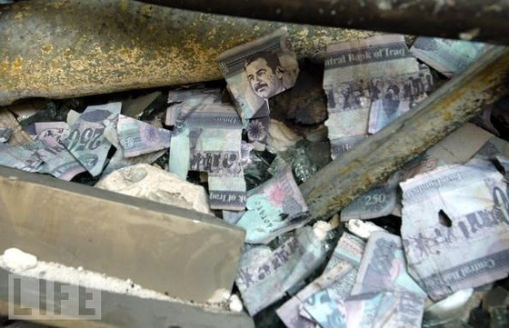 Ai cướp 1 tỷ USD của Saddam Hussein? ảnh 1
