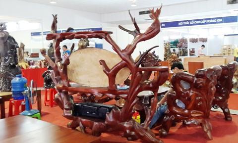 Khai mạc Hội chợ đồ gỗ và hàng gia dụng ảnh 1