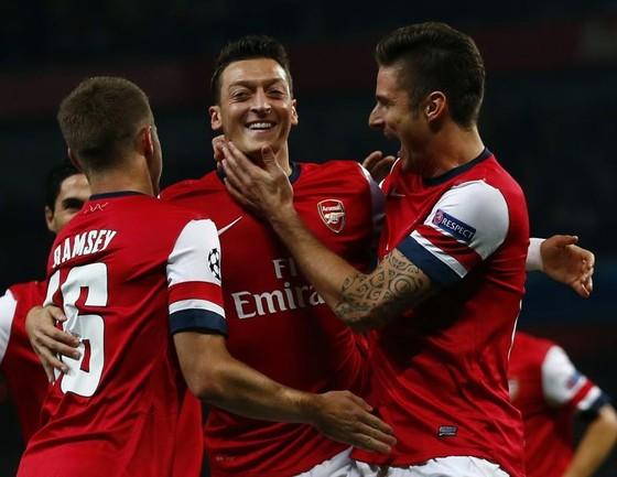 Southampton-Arsenal: Tiếp ngày vui ảnh 1