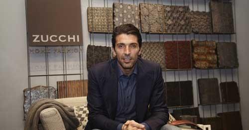Buffon mất 20 triệu euro vì cứu người lao động ảnh 1