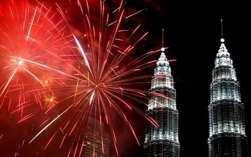 Châu Á rực sáng pháo hoa chào năm mới 2016 ảnh 3