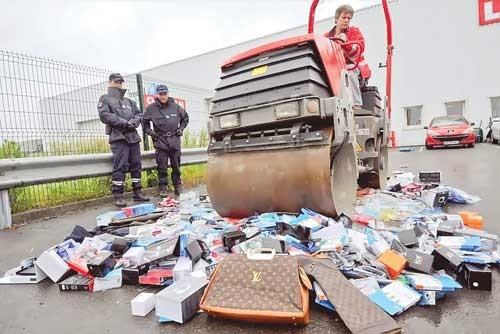 Châu Âu thiệt hại nặng vì hàng giả ảnh 1