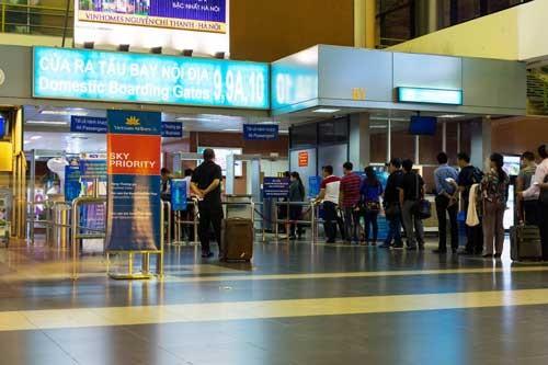 Sân bay, cảng biển: Hấp dẫn nhưng không dễ mua ảnh 1