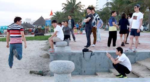 Ngán ngẩm du khách Trung Quốc ảnh 1