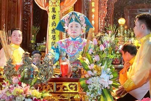 Cảnh báo Hoài Linh, Xuân Hinh về Chầu Văn ảnh 2