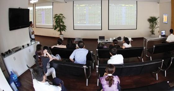 CK 19-1: Cổ phiếu đầu cơ đua nhau tăng trần ảnh 1