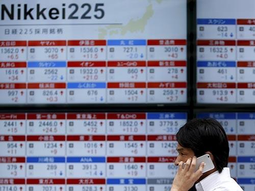 Chứng khoán Nhật Bản xuống thấp nhất 16 tháng ảnh 1
