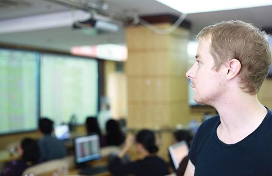 NĐT quốc tế đánh giá cao TTCK Việt Nam ảnh 1