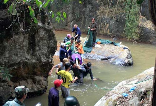 3 du khách Anh tử nạn tại thác Datanla, Đà Lạt ảnh 1