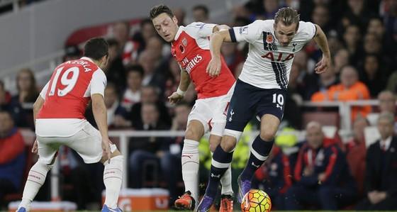 Tottenham- Arsenal: Phát súng ân huệ ảnh 1
