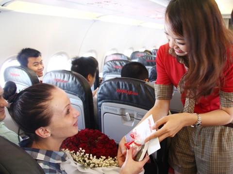 Vạn yêu thương Vietjet tặng riêng ngày Phụ nữ ảnh 1