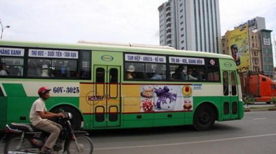 TP.HCM chuẩn bị cho quảng cáo trên xe buýt ảnh 1